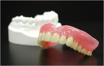 入れ歯を製作する歯科技工士との連携