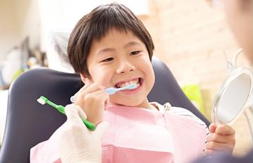 お子様の歯を守るオレンジキッズクラブ
